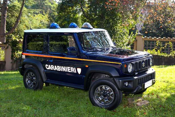 1_suzuki-carabinieri