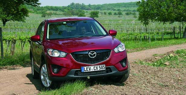 Mazda_CX-5_act_009