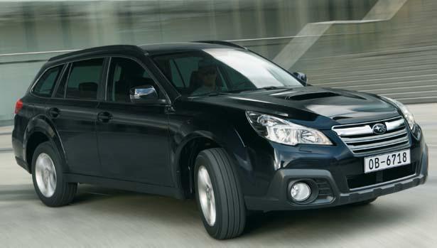 Subaru Outback cambia look e non solo