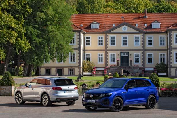 Volkswagen Tuareg adesso anche ibrida plug-in