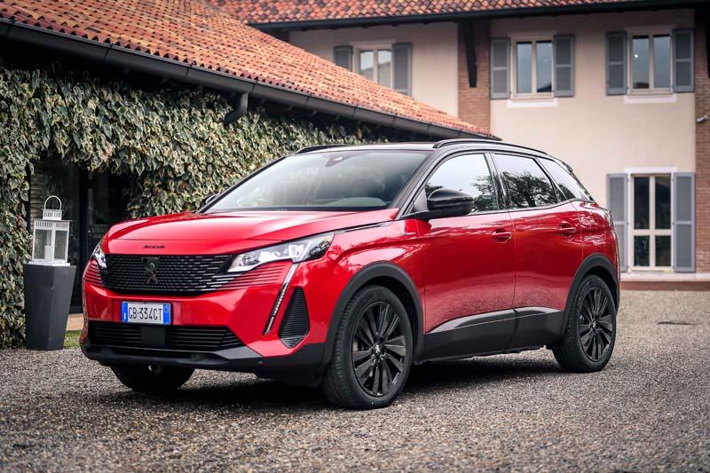 Peugeot 3008 Hybrid4: la new generation è OK