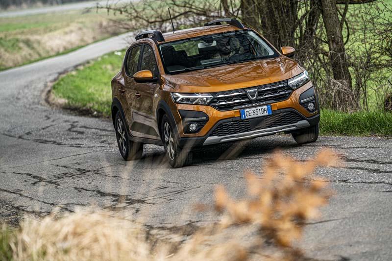 Nuova Dacia Sandero Stepway: voglia di crossover